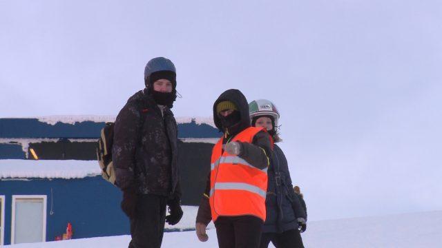 вчера в 9:22 Специалисты горнолыжного комплекса «Большой Вудъявр» и отдела лавинной безопасности Кировского филиала АО «Апатит» применили новые подходы в работе с туристами, посетившими курорт в период новогодних каникул.